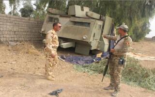 Humvee din lemn folosit de ISIS