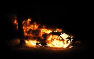 incendiu masini, masina incendiu