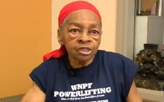 Bătrânica de 82 de ani care a băgat un hoț în spital