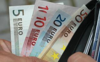 Siemens plăteşte angajaţilor din toată lumea un bonus Covid de până la 1.000 de euro