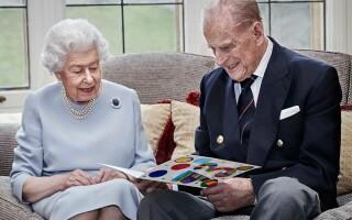 regina Elizabeth II şi prinţul Philip