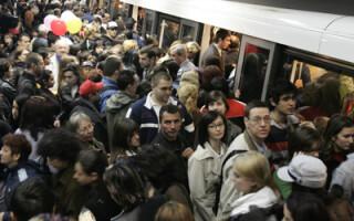 Cum scapi de aglomeratia la metrou?