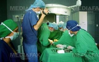 Pericol de moarte! Ata chirurgicala din China, contaminata cu bacterii!
