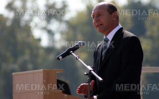 Basescu: Dupa alegerile din noiembrie, se va face curatenie printre consuli