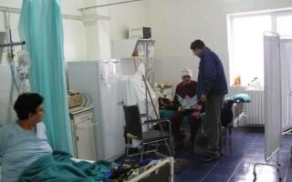 In scurt timp am putea vedea pensionarii pe post de infirmiere