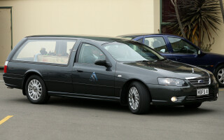 masina funerara