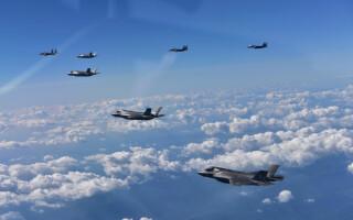 avioane americane survoleaza Coreea