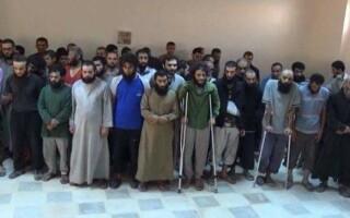 luptatori isis care se predau in RAqqa