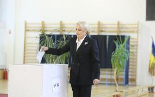 Viorica Dăncilă votează la referendumul pentru familie
