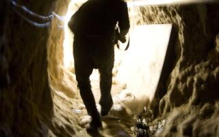 tunel traficanti de droguri