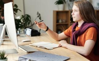 (P) Scaune de birou ergonomice pentru școlar: Cum le alegi