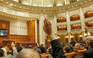 Sindicatul Functionarilor Publici cer majorarea salariilor cu 50%
