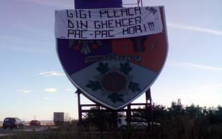 banner anti-Becali
