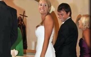 Cautand femeie pentru nunta pe Facebook)