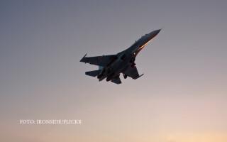 Su-27 in zbor