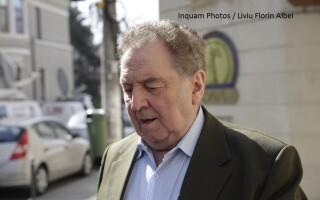 Omul de afaceri Ilie Carabulea pleaca din sediul DNA