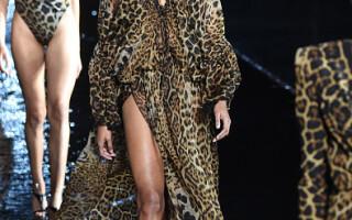 Yves Saint Laurent la Săptămâna Modei de la Paris - 3