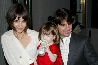 Tom Cruise isi educa fiica in credinta scientologica! Cum altfel?