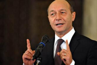 Basescu: Am promulgat legea cadrelor didactice si imi asum aceasta eroare