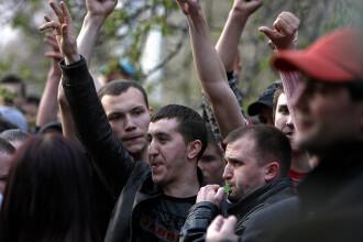 Studentii romani sunt solidari cu protestatarii din Moldova!