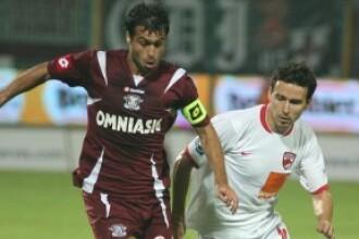 Suporterii echipelor Dinamo si Rapid au purtat propriul meci, in strada!