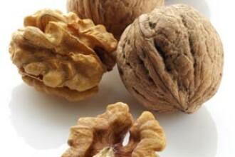 Nucile ne apara de cancerul mamar