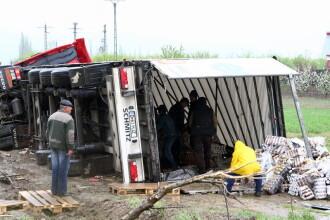 19 vieti secerate intr-un grav accident petrecut pe o sosea din Mexic