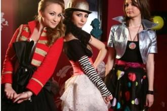 Eniko Szanto le imbraca pe Mihaela, Alina si Flavia la MTV House of Fun!