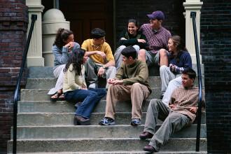 Romania, te iubesc: Povestea tinerilor care invata in Anglia