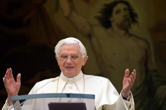 Mii de oameni la slujbele de Craciun de la Vatican si Bethleem