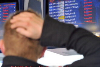 Bilantul HAOSULUI aerian: 6 milioane de pasageri afectati!