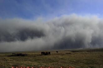 Nu se lasa! Al doilea nor de cenusa vulcanica inchide aeroporturi in Spania