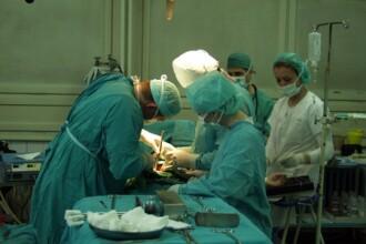 Au scapat de drumul pana la Timisoara sau Cluj pentru o operatie la genunchi