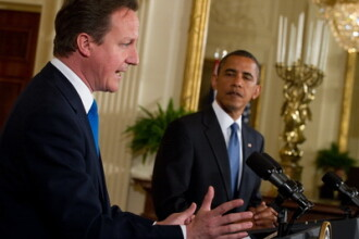 Barack Obama il va primi pe David Cameron la Casa Alba. Cei doi lideri vor discuta despre Siria
