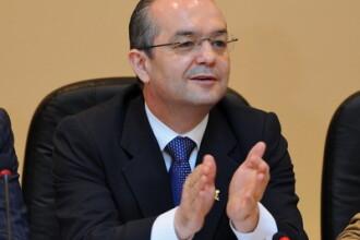 Emil Boc: Intr-o saptamana, s-au incheiat 102.870 de contracte de munca