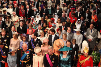 FOTO. Regele Mihai si Principesa Margareta, tinute de gala la nunta anului