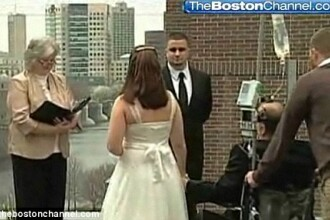 Nunta la care a plans toata lumea. O tanara s-a grabit sa indeplineasca ultima dorinta a tatalui