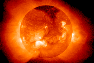 FOTO si VIDEO. Imagini incredibile NASA: OZN urias filmat langa Soare