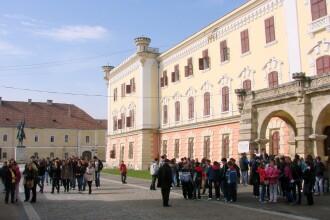 Record de vizitatori la Muzeul National al Unirii din Alba Iulia
