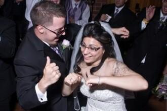 Minciuna din aceasta fotografie de nunta. Cand a fost descoperita, mireasa a ajuns la inchisoare