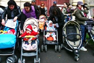 Indemnizatia pentru cresterea copilului pana la 2 ani ar putea reveni la forma initiala