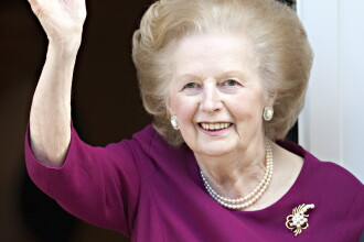 Margaret Thatcher a murit dupa un atac cerebral.