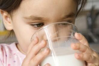 Cum asigurati aportul optim de calciu al copilului inca de la primele ore ale diminetii