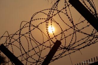 Lucrator umanitar american, arestat la granita dintre China si Coreea de Nord. Autoritatile chineze refuza sa comenteze cazul