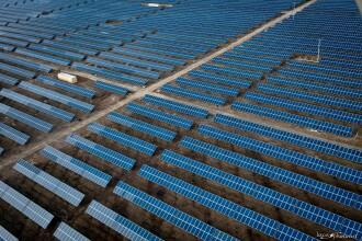 Energia solara, o investitie la moda. Peste 50 de proiecte de parcuri fotovoltaice anuntate in Arad