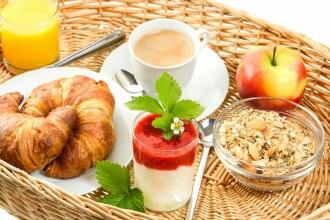 Un mic dejun hranitor este esential pentru sanatate. Ce risca persoanele care nu mananca dimineata