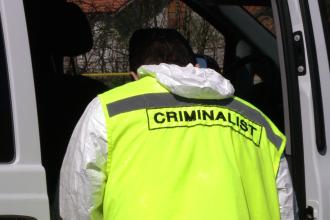 Un barbat din Caras-Severin, suspectat ca si-a omorat fratele, a fost retinut de politisti