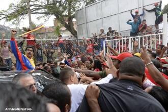 Proteste violente in Venezuela, dupa alegeri. Cel putin 7 oameni au murit, iar 61 sunt raniti