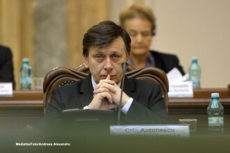 Crin Antonescu: Cei implicati in Initiativa Romania Liberala nu au de ce sa mai fie membri ai PNL