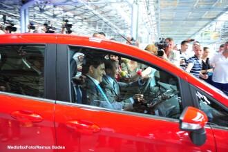 Ford B-max, singura achizitie a lui Traian Basescu fata de anul trecut. Masina, platita de Ioana